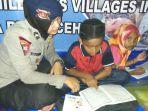 personel-polwan-mengaji-bersama-anak-anak-di-posko-brimob_20161217_105014.jpg