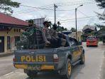 personel-tni-jajaran-kodim-0110abdya-bersama-personel-polisi-jajaran-polres-abdya-patroli.jpg