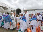 pesawat-garuda-indonesia-jenis-boeing-777-300-er.jpg