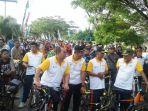 peserta-fun-bike-dan-fun-walk-di-nagan-raya_20161127_093713.jpg