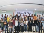 peserta-kongres-pssi-aceh-2018-berfoto-bersama_20180129_103443.jpg