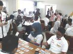 peserta-mengikuti-kompetisi-stocklab-game-pasar-modal_20170324_084947.jpg