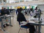 peserta-seleksi-cpns-asal-pijay-bersiap-mengikuti-tes-skb-di-kampus-politeknik-lhokseumawe.jpg