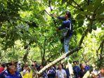 petani-kakao-atau-peserta-dalam-kegiatan-duek-pakat-kakao.jpg