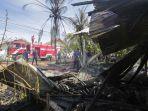 petugas-pemadam-kebakaran-dari-aceh-besar_20180629_090415.jpg