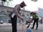 polantas-bersihkan-masjid.jpg