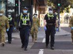 polisi-dan-tentara-australia-berpatroli.jpg