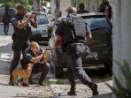 polisi-terlibat-baku-tembak-dengan-kelompok-bersenjata-di-brasil_20180207_104751.jpg
