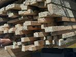 polres-pidie-sita-kayu-ilegal-logging-di-mane.jpg