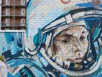 poster-kosmonot-pertama-rusia-yuri-gagarin.jpg
