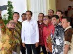 presiden-joko-widodo-mengundang-pimpinan-kelompok-buruh-ke-istana-bogor.jpg