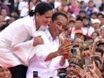 presiden-jokowi-dan-iriana-jokowi-selfie.jpg
