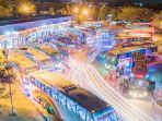 puluhan-bus-siap-memberangkatkan-penumpang-pada-arus-mudik-h-7_20180609_145650.jpg