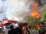 puluhan-rumah-di-subulussalam-hangus-terbakar_20170611_151140.jpg