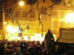 rakyat-iran-menggelar-protes-di-depan-kedutaan-besar-arab-saudi_20160103_093246.jpg