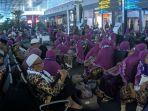 ratusan-jamaah-umroh-asal-lombok-terlantar-di-terminal-3-bandara-soekarno-hatta.jpg