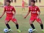 ridha-umami-gelandang-tim-sepakbola-pon-aceh_medali-perak-pon-xx-2021-papua.jpg