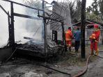 rumah-dan-gudang-perabot-di-bireuen-terbakar_20171104_140134.jpg