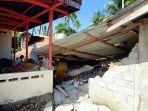 rumah-rusak-tertimpa-reruntuhan-jembatan-ambruk.jpg
