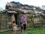 rumah-warga-miskin-di-aceh-timur.jpg