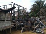 rumah-warga-pea-bumbung-singkil-aceh-singkil-tinggal-puing-puing-akibat-kebakaran.jpg