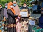 sambut-bulan-suci-ramadhan-1442-h-pikabas-bagi-ratusan-paket-sembako-1.jpg