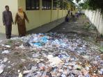 sampah-di-sekolah_20160120_180810.jpg