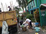 sampah-menumpuk-di-samping-kantor-cabang-bank-aceh-blangpidie.jpg