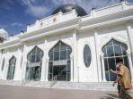 sandiaga-salahuddin-uno-singgah-ke-masjid-rahmatullah.jpg