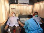 sekda-aceh-donor-darah-di-pmi.jpg