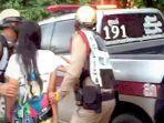 seorang-wanita-di-thailand-tega-memukuli-ayahnya-sampai-meninggal-karena-pengaruh-alkohol.jpg