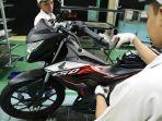 sepeda-motor-honda-sonic-150r-dengan-stripe-terbaru.jpg