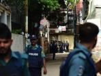 serangan-muslim-terhadap-kuil-hindu-di-bangladesh_20161031_180338.jpg