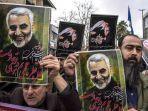 setelah-kematian-jenderal-qasem-seluruh-rakyat-iran-berduka-di-jalanan.jpg