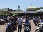 shalat-jumah-berjamaah-di-masjid-baiturrahman-lhokseumawe.jpg