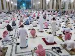 shalat-tarawih-di-masjid-haram1.jpg