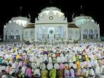 shalat-tarawih-di-masjid-raya-baiturrahman.jpg