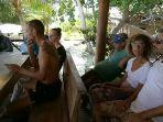 sosialisasi-antisipasi-penyebaran-virus-corona-kepada-wisatawan-asing-di-pulau-banyak.jpg