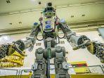 sosok-robot-humanoid-fedor-yang-akan-dikirim-ke-stasiun-luar-angkasa-internasional.jpg