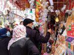 suasana-di-pasar-zawiya-di-kota-gaza-menjelang-dimulainya-ramadhan.jpg
