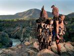 suku-himba-disebut-yang-terindah-di-afrika_20180917_145614.jpg