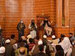 taliban-afghanistan-jaga-shalat-jumat.jpg