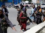 taliban-bersenjata-di-kabul-afghanistan.jpg