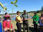 tanam-mangrove-di-abdya-2020.jpg