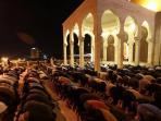 tarawih-afp_20150623_175518.jpg