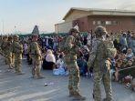 tentara-as-jaga-bandara-kabul-afghanistan1.jpg