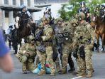tentara-as-jaga-gedung-putih.jpg