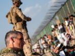 tentara-inggris-di-bandara-kabul-afghanistan1.jpg