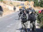 tentara-israel-hujani-tembakan-pada-mobil-warga-palestina-suami-tewas-istri-kritis.jpg
