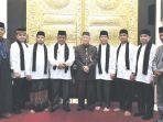 terbaik-indonesia-baju-putih-pada-haflah-quran.jpg